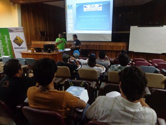 """Primer día del """"Curso de Jueces ISA Manta 2013"""""""