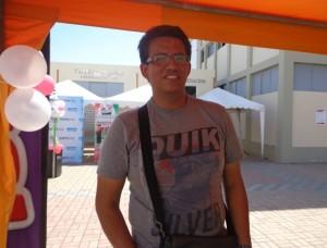 Juan Mendoza asistente al evento.