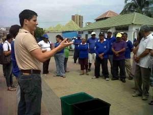 Ecoplayas aportando con charlas dirigidas a las Asociaciones de Comerciantes de la playa El Murciélago
