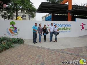 Miembros del comité de apoyo para el PGIDS-Playa El Murciélago visitan fundación Malecón 2000