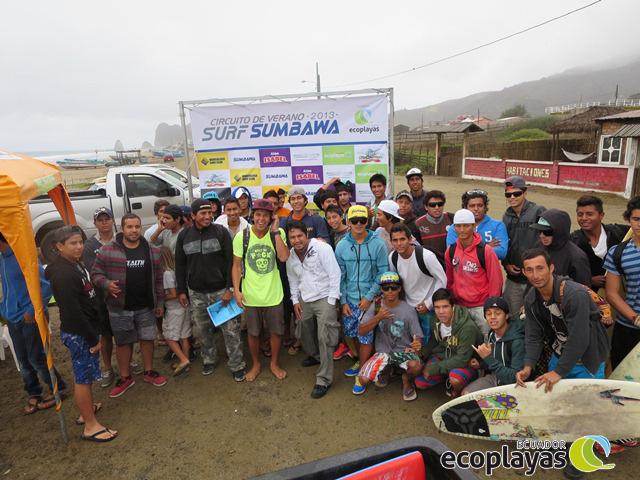 """Finaliza 4ta fecha del circuito de verano """"Surf Sumbawa 2013"""""""