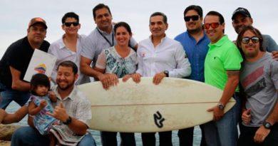 Convenio de cooperación para la práctica del Surf en el puerto de San Mateo